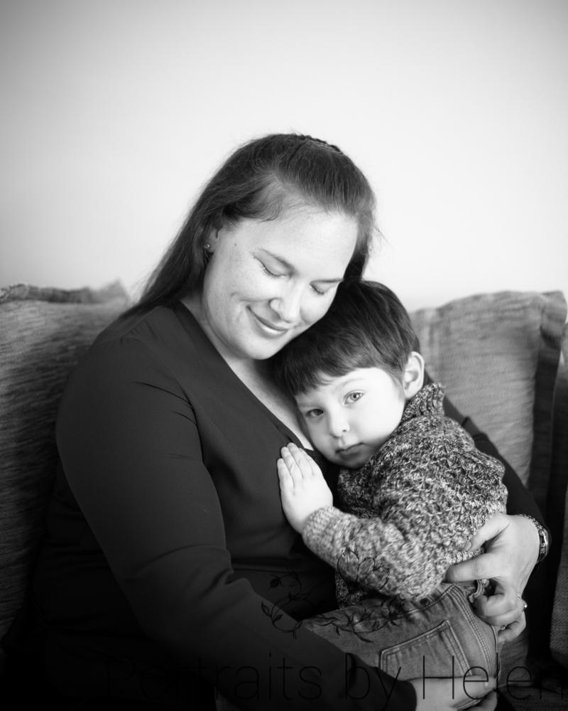 Snuggles with Mum, newborn photographer Cockermouth