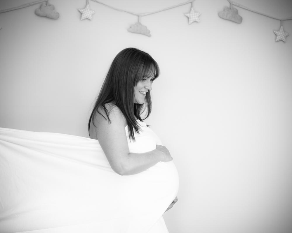 Maternity pose, Carlisle photographers