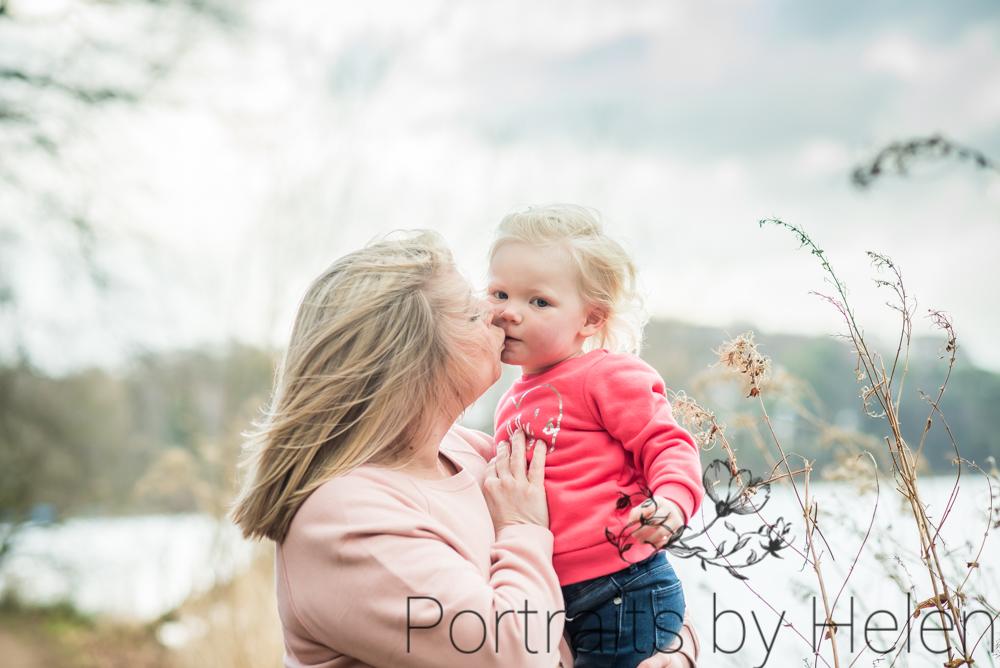 Kisses with Mum, baby photographer Aspatria