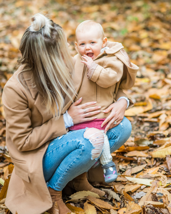 Phoebe and Mum, Autumn portraits Sheffield