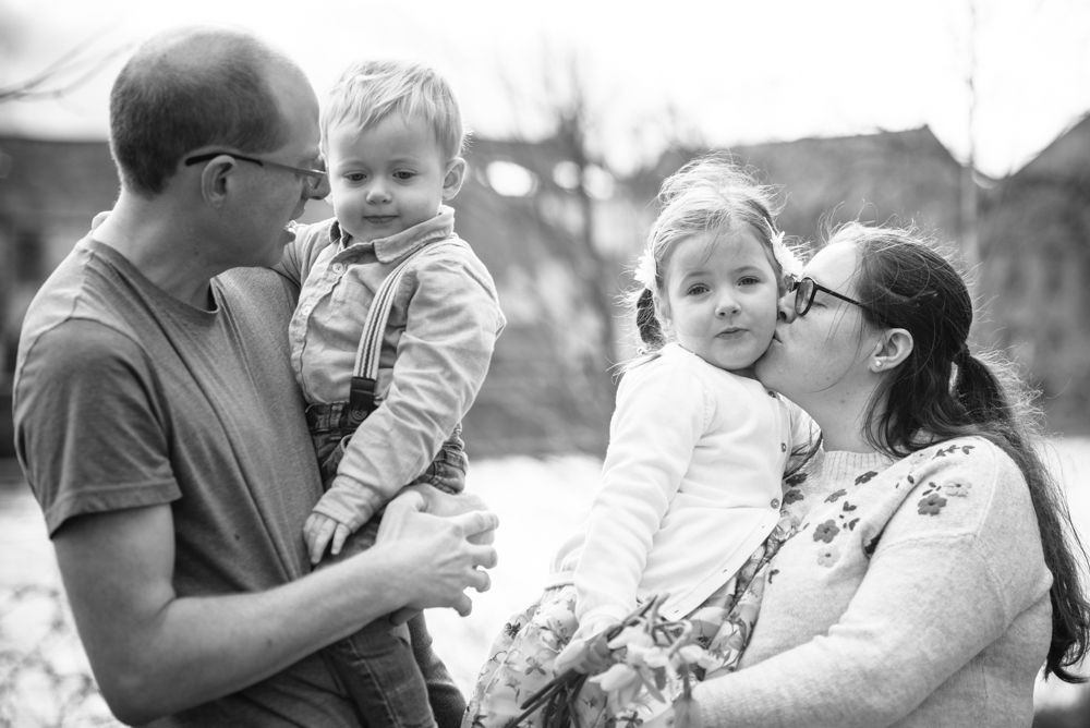 Family cuddle, Cockermouth photographers