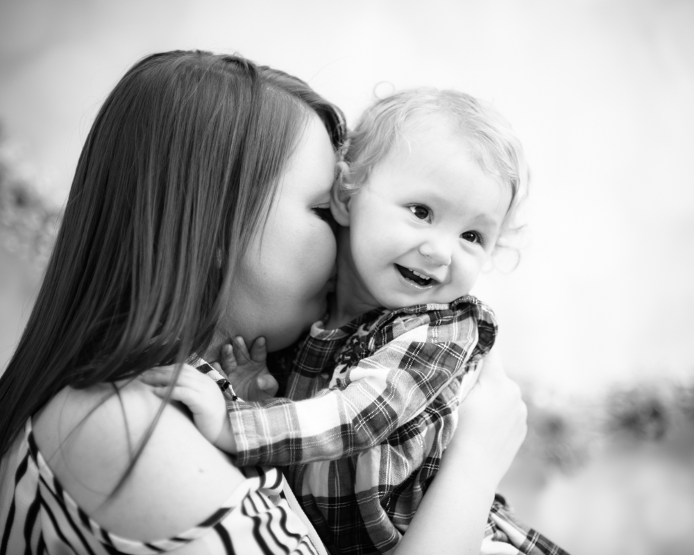 Cuddles with Mum, Mother's Day photographs