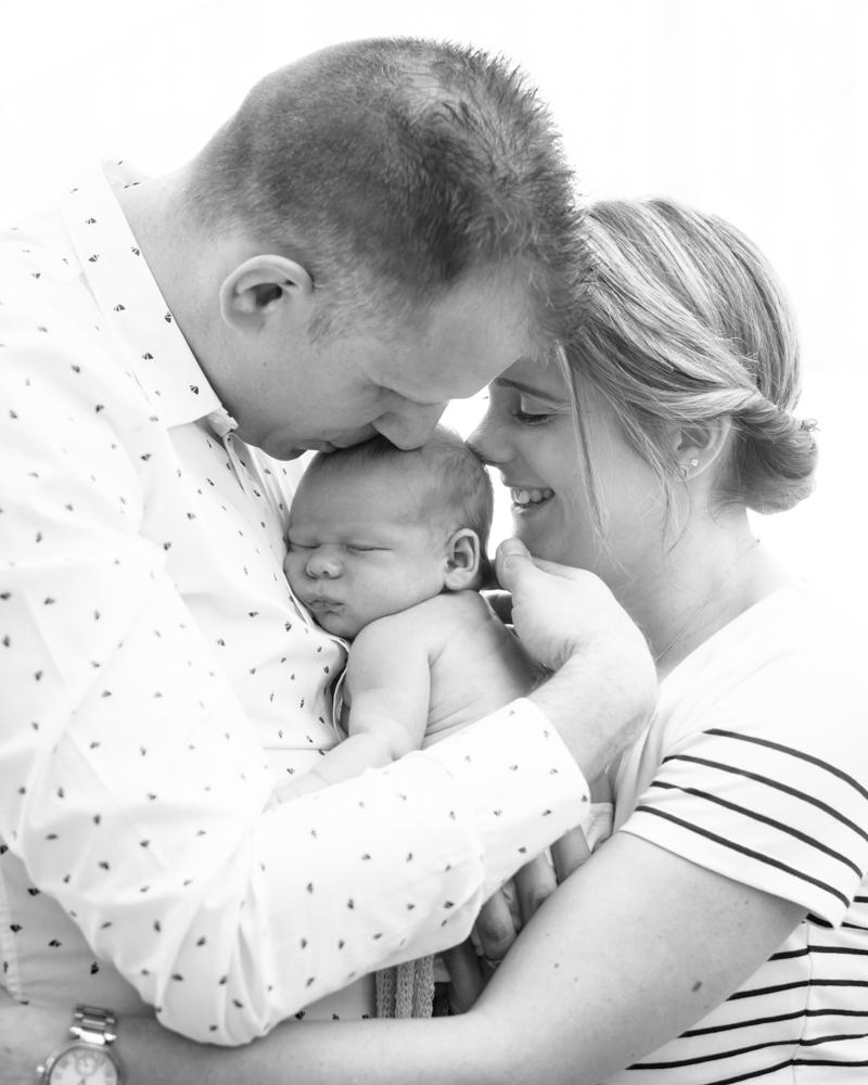 Family cuddles, newborn photographer Cockermouth