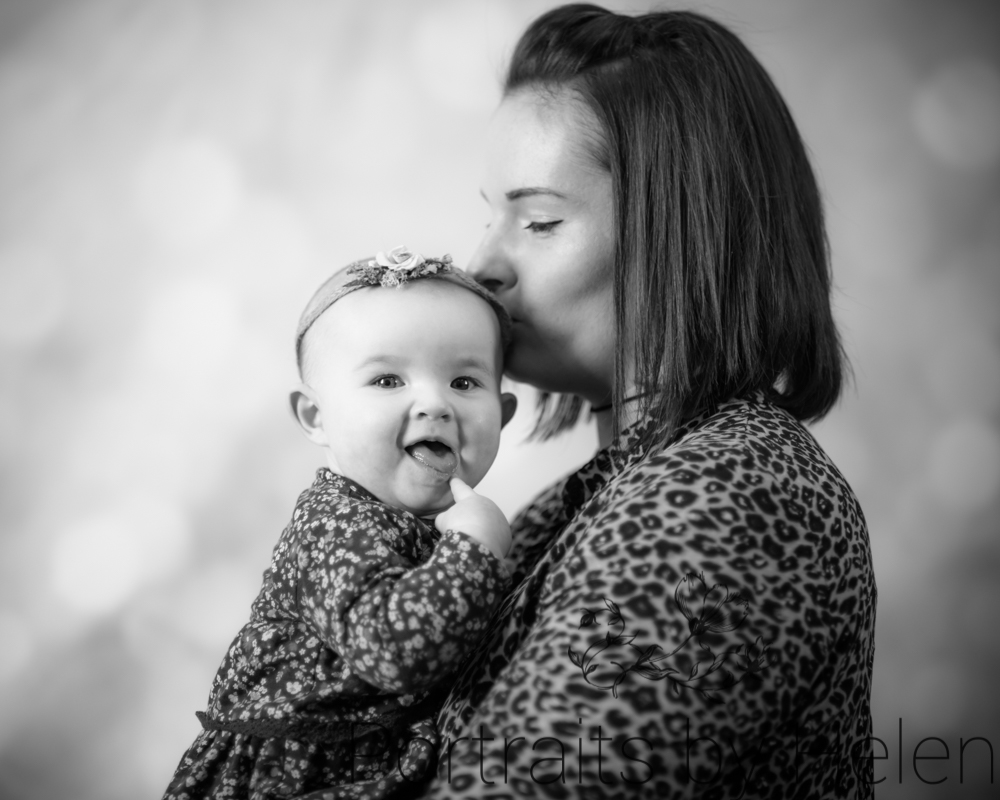 Kisses with Mum, baby photography Workington
