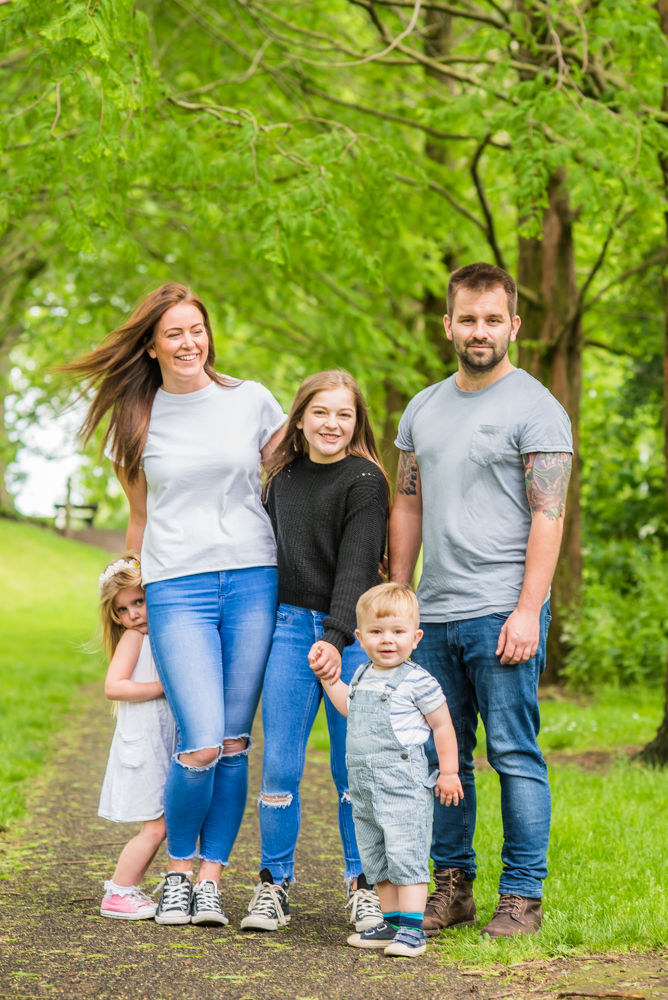 More family cuddles, Carlisle family portraits in Bitts Park