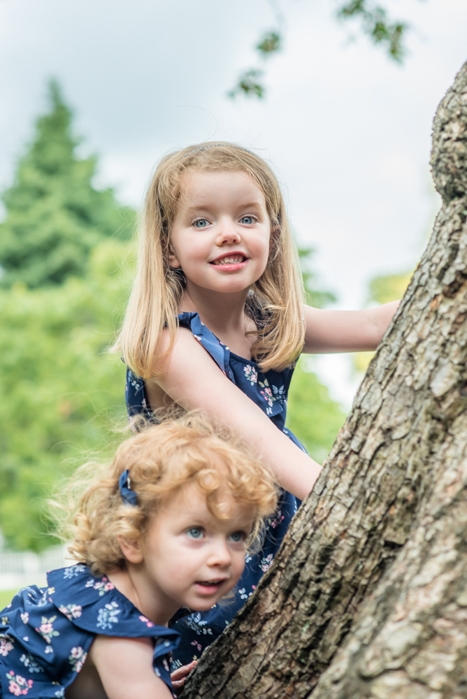 Climbing trees with sister, Sheffield family photographers