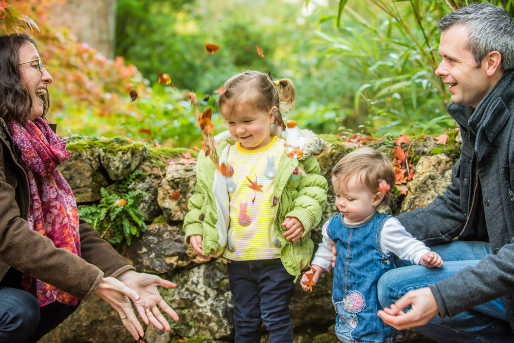 Leaf throwing, family portraits Bassenthwaite